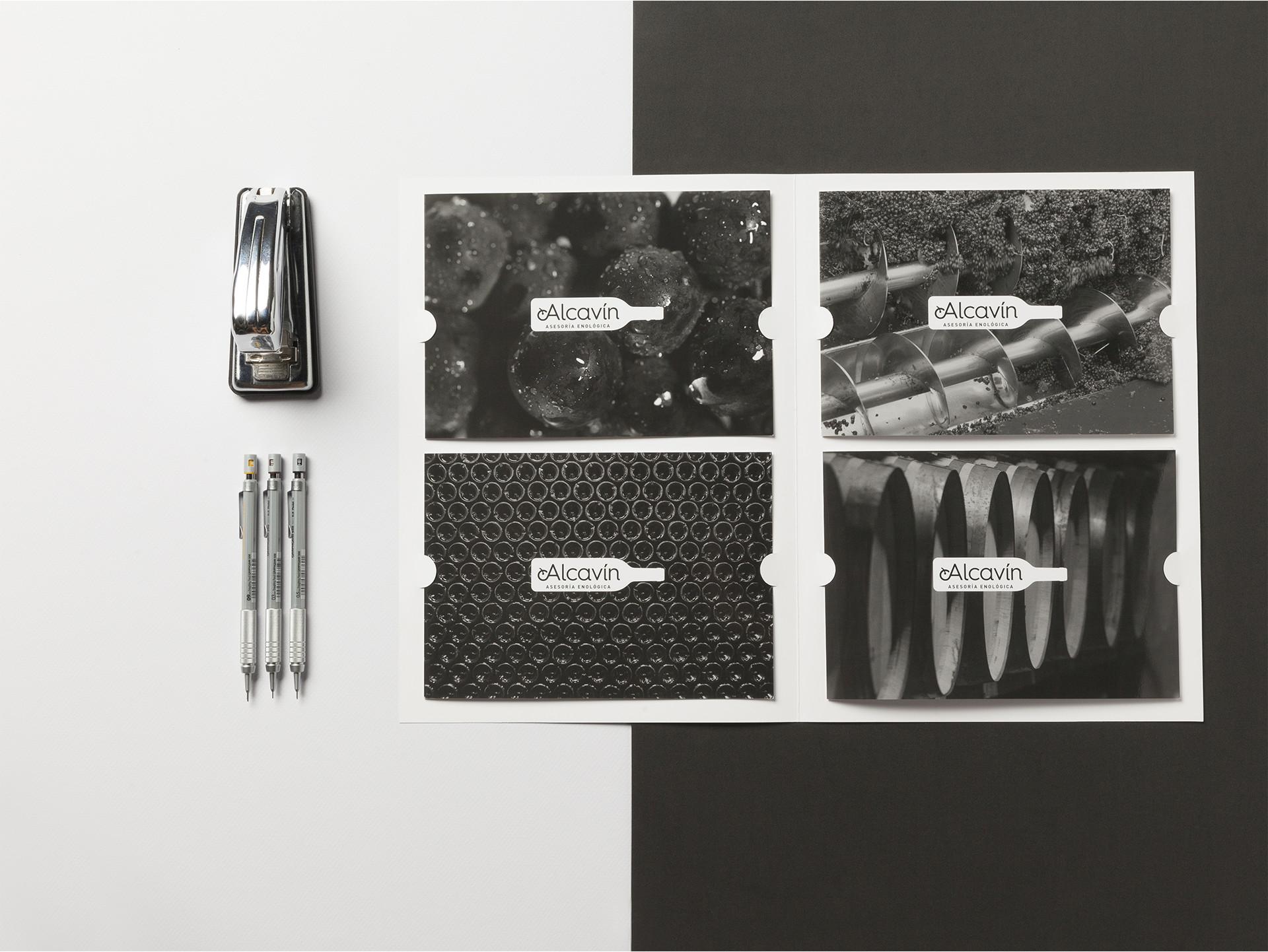 Diseño folletos promocionales vino Alcavín