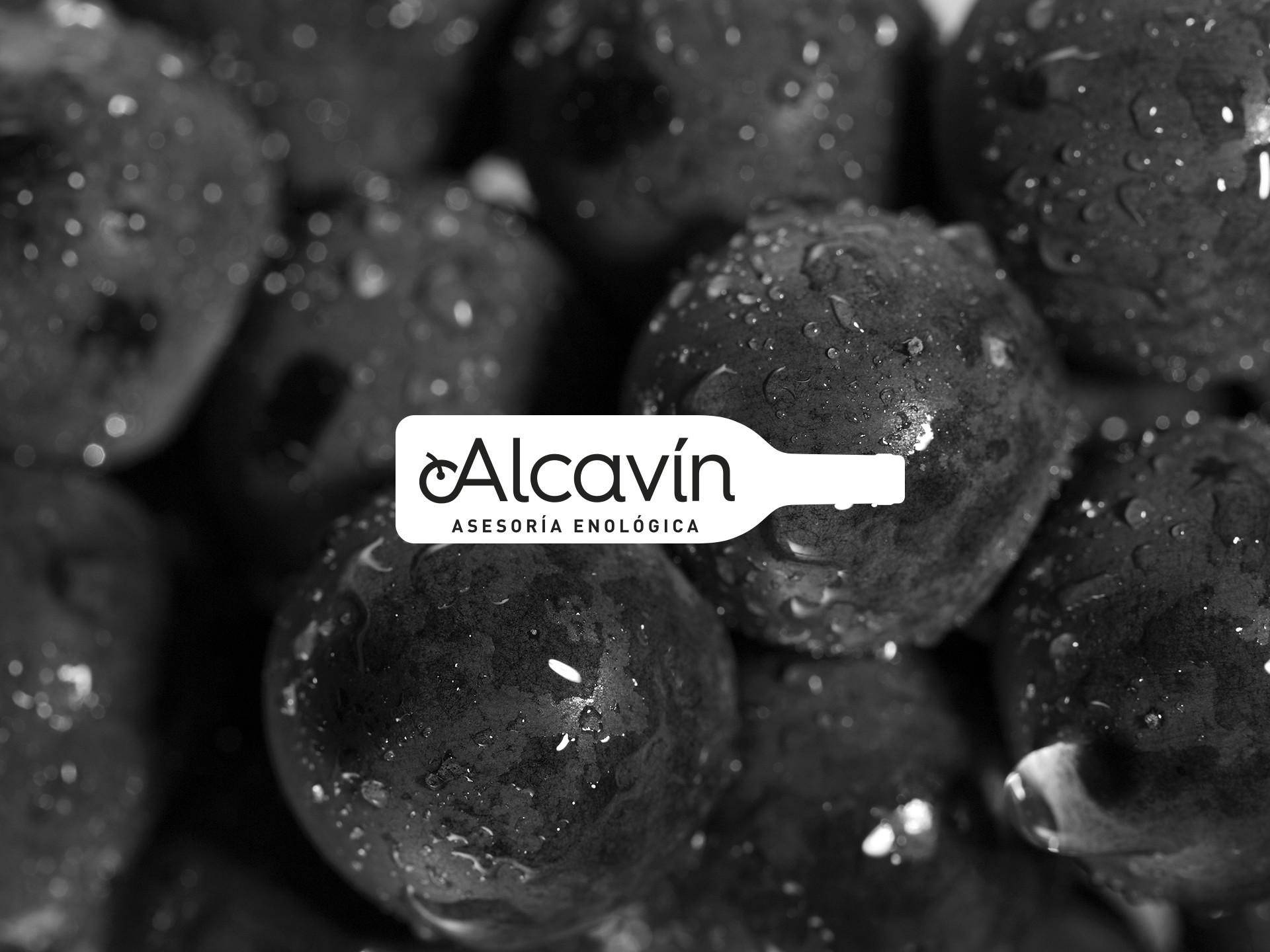 Diseño logotipo asesoría vino Alcavín