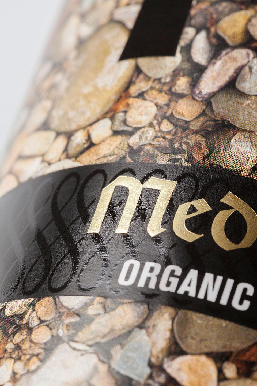 detalle etiqueta ecológica rioja medievo